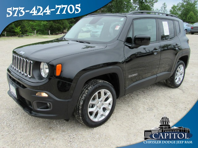 Pre-Owned 2017 Jeep Renegade 4WD Latitude