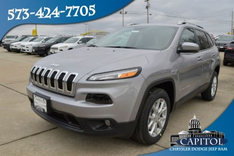 New 2018 JEEP Cherokee 2WD Latitude Plus