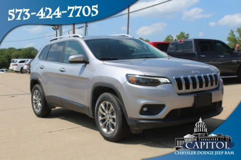 Pre-Owned 2019 Jeep Cherokee 4WD Latitude Plus