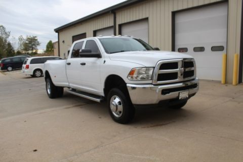 Pre-Owned 2016 Ram 3500 4WD Tradesman Crew Cab
